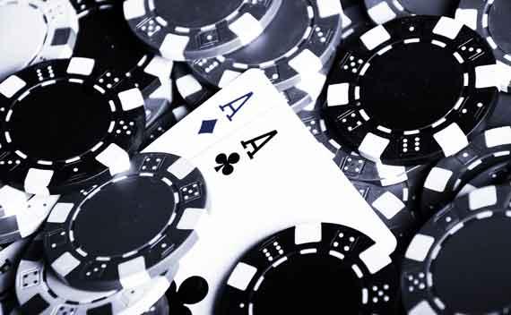Покер кеш в казино и домашни игри